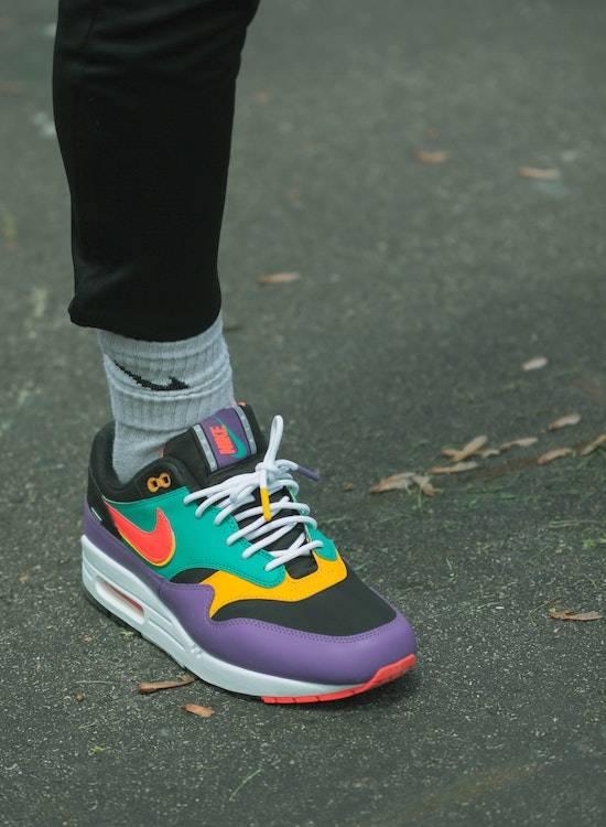 Nike Pride Sneaker